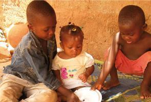 """Día Mundial del Retrete: """"La defecación al aire libre, una de las principales causas de desnutrición"""""""