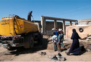 La falta de saneamiento básico amenaza la salud pública de los refugiados sirios en Líbano