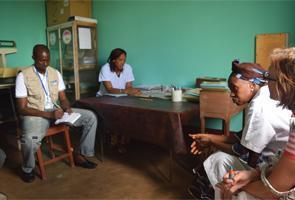 Guinea: Reconstruir los sistemas de salud para frenar la desnutrición