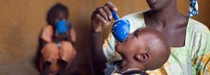Salvar la vida de un niño. Con una donación de 40€  aseguras un tratamiento nutricional de 40 días