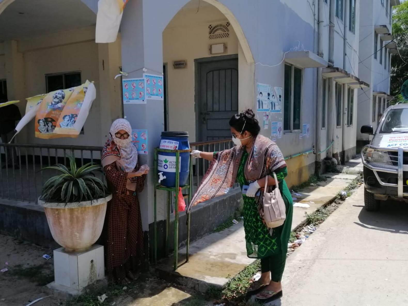 En Bangladesh contra el coronavirus