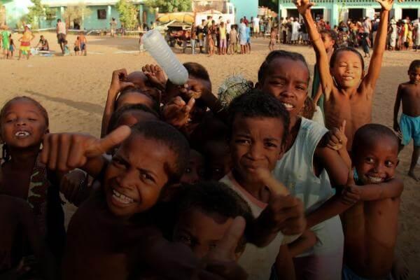 Madagascar es uno de los países más pobres del mundo: cerca del 80% de la población vive con menos de 2 dolares al día.