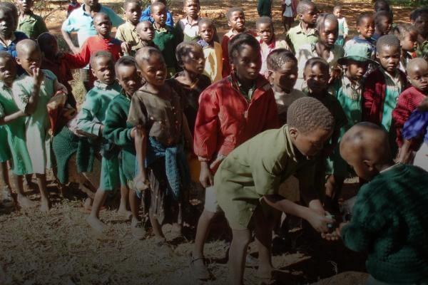 Descubre nuestro trabajo en Zimbabue