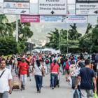 25 000 venezolanos cruzan cada día la frontera de Colombia en Cúcuta