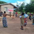 Trabajadores sanitarios comunitarios, en primera línea en la lucha contra la COVID-19