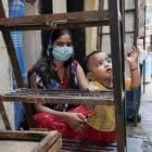 """India: """"Con la covid, no podía alimentar a mi niño"""""""