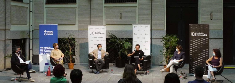 """Momento de la jornada """"Diálogo Alimentación y empleo"""" (de izquierda a derecha): Antonio Vargas, Belén García, Cristóbal Sánchez, Luis González, Carmen Gayo y Pilar Moreno"""