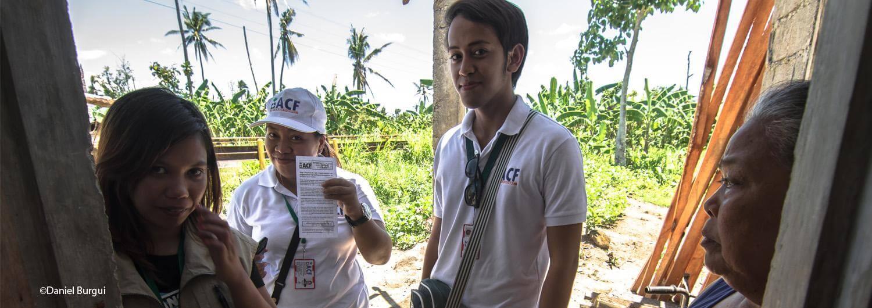 Tras el tifón Haiyan en Filipinas, beneficiarios de los proyectos de saneamiento